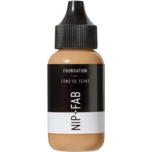 Nip + Fab Foundation #40